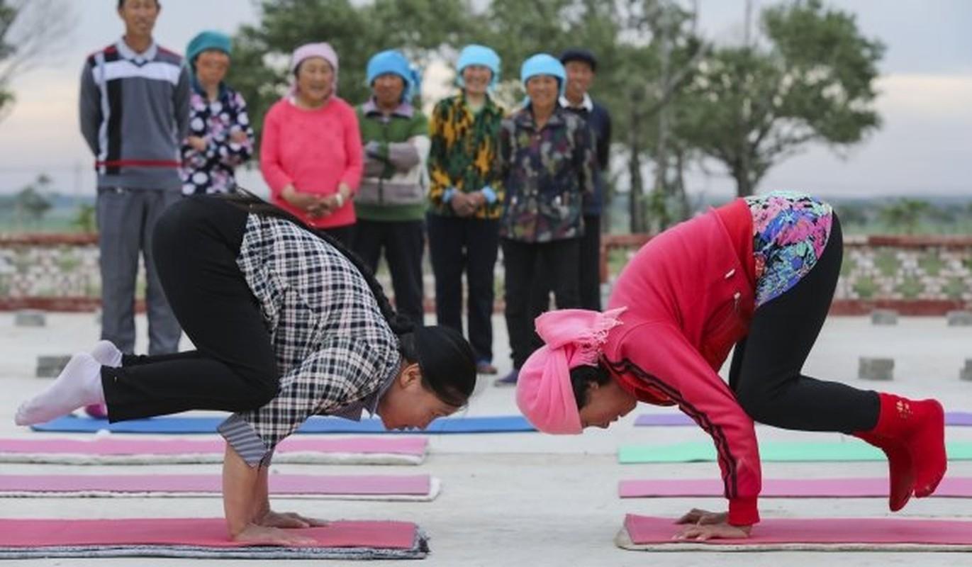 Ky la ngoi lang yoga o Trung Quoc, noi nguoi dan cuc tho-Hinh-2