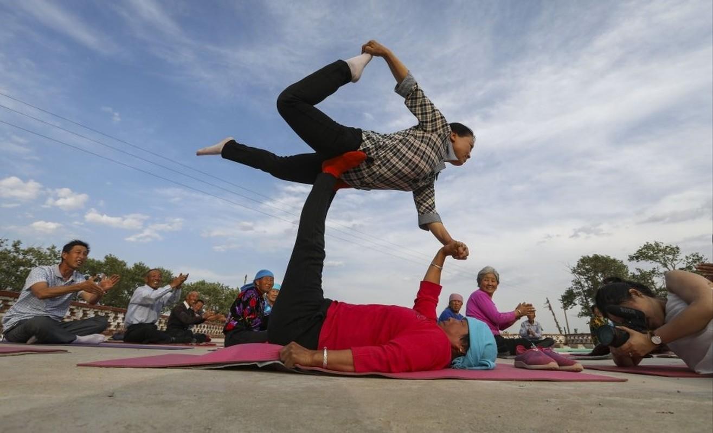 Ky la ngoi lang yoga o Trung Quoc, noi nguoi dan cuc tho-Hinh-3