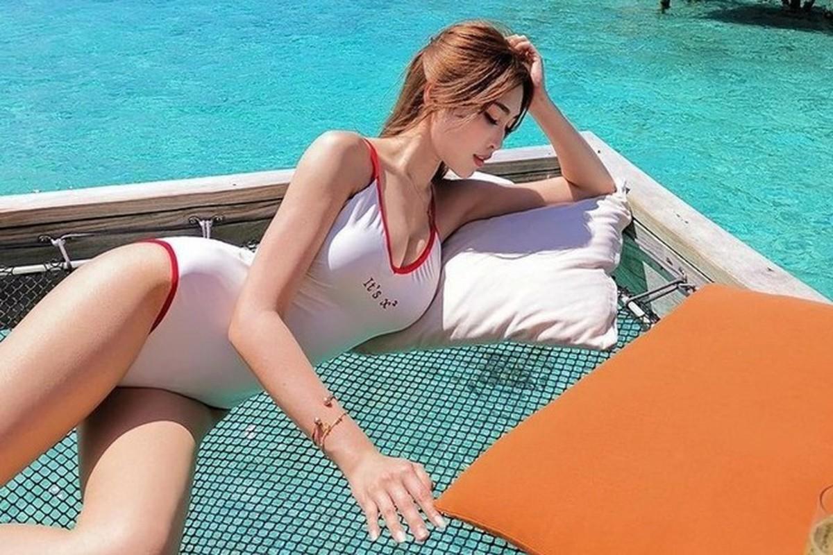 Hot girl Malaysia khoe eo thon, nguc no nho tap luyen khac kho-Hinh-9