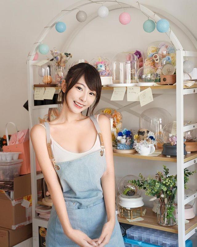 Chuong mot dien do ho khoe than, hot girl Hong Kong bi chi trich-Hinh-3