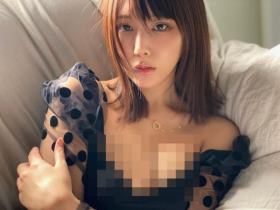 Thoi trang bien hoa cua hot girl Nhat Ban tha rong choi bong ro gay soc-Hinh-6