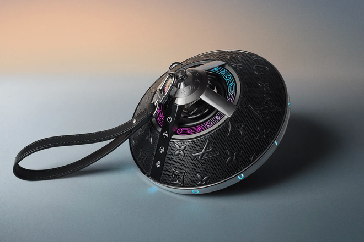 Louis Vuitton ra mat loa di dong hinh UFO gia 2.900 USD