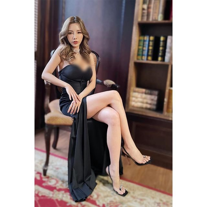 Chi dien do tap, hot girl nguc khung cung khien fan hoa mat-Hinh-11
