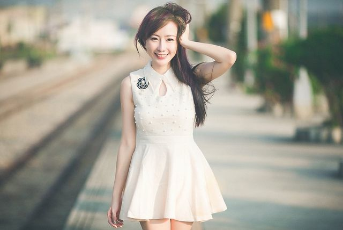 "Hot mom bi ""nem da"" vi dien do xuyen thau nau com-Hinh-9"