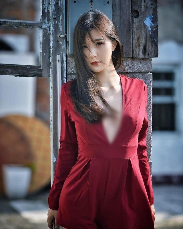 Dien do cong so cuc ngan, hot girl lo ro loi tham my khi phoi do-Hinh-13