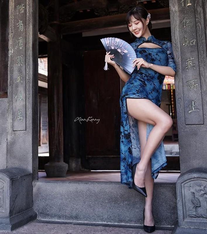 Dien do cong so cuc ngan, hot girl lo ro loi tham my khi phoi do-Hinh-3