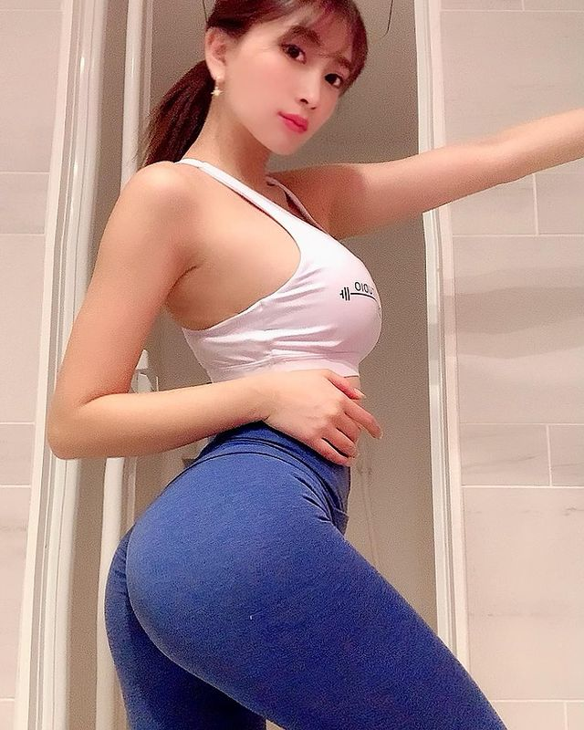 Dien do don gian, nu dien vien van gay chu y vi qua nong bong-Hinh-12