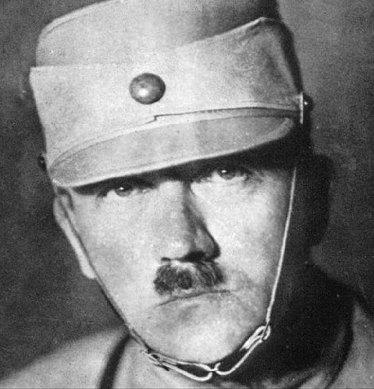 Loat anh trum phat xit Hitler khong bao gio muon cong khai-Hinh-3