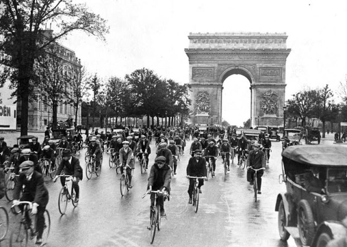 To mo dien mao thu do Paris nhung nam 1920-Hinh-9