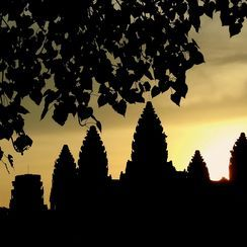Vi sao thanh pho Angkor huy hoang bong dung sup do?-Hinh-9
