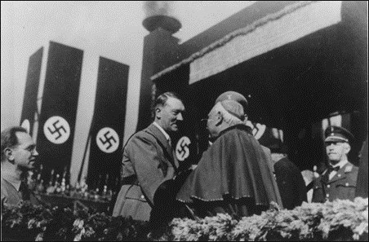 Kho tin nhung lan chet hut cua trum phat xit Hitler-Hinh-9