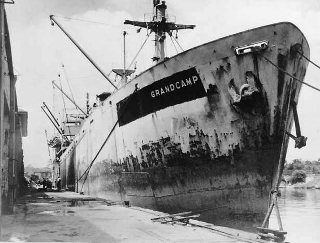 Tham kich kinh hoang chay tau cho hang Grandcamp nam 1947-Hinh-2