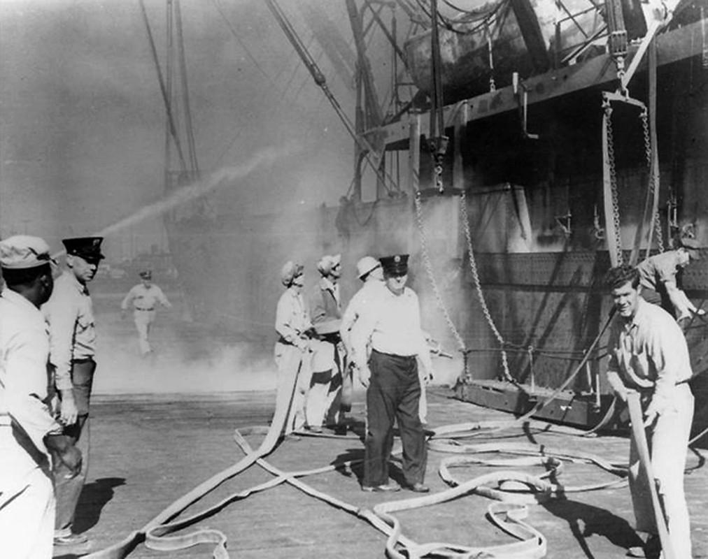 Tham kich kinh hoang chay tau cho hang Grandcamp nam 1947-Hinh-5