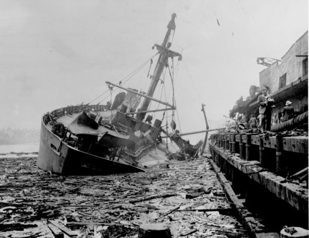 Tham kich kinh hoang chay tau cho hang Grandcamp nam 1947-Hinh-7