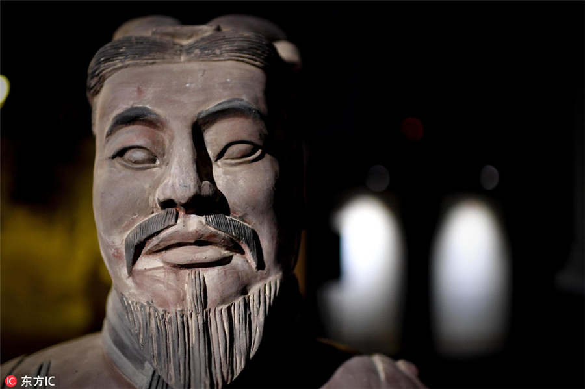Hung hau doi quan dat nung trong lang mo Tan Thuy Hoang-Hinh-9
