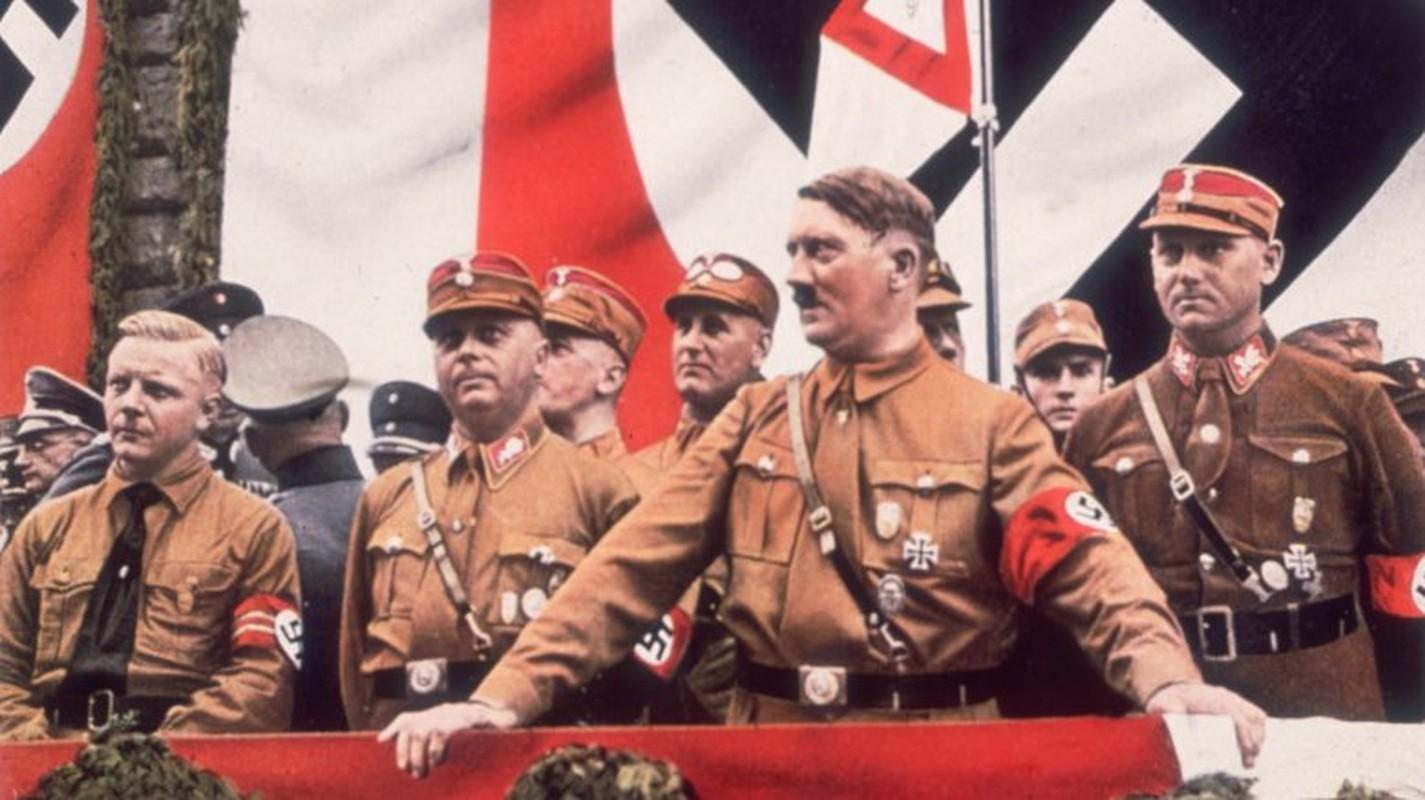 Sung sot am muu khung khiep cua Hitler voi nguoi Do Thai