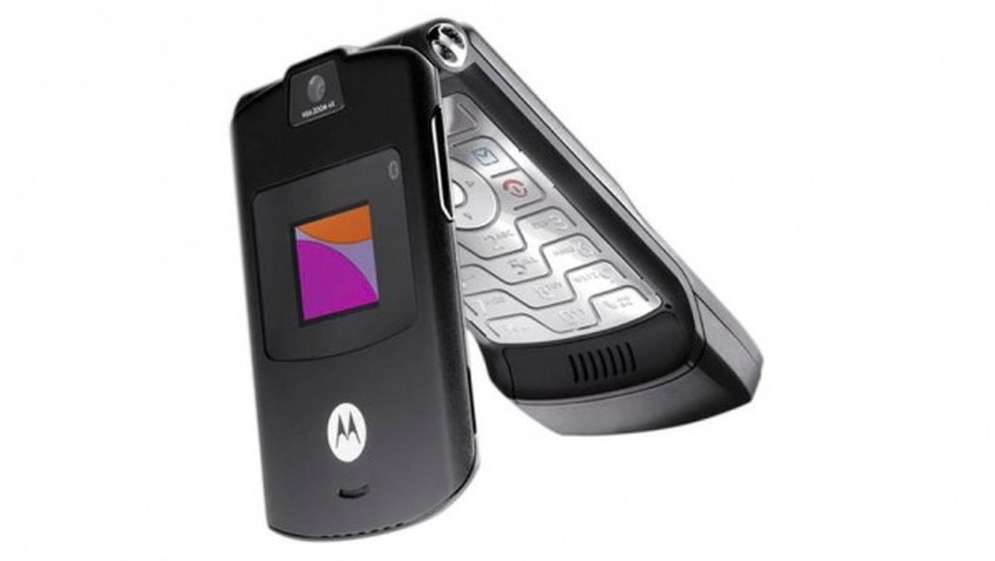 Nhin lai thiet ke chiec Motorola Razr tung khien nguoi Viet me met-Hinh-15