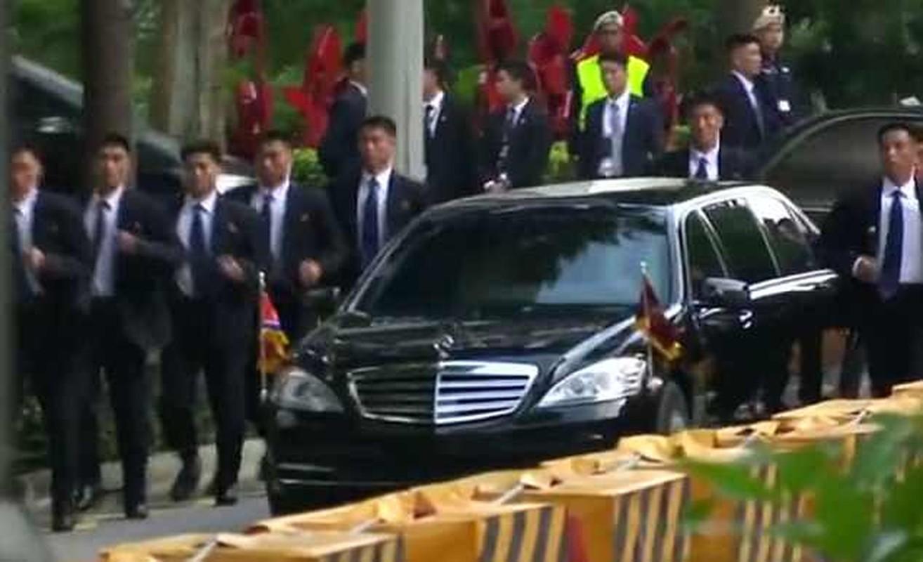 Khi cong du nuoc ngoai, ong Kim Jong-un duoc bao ve the nao?-Hinh-5