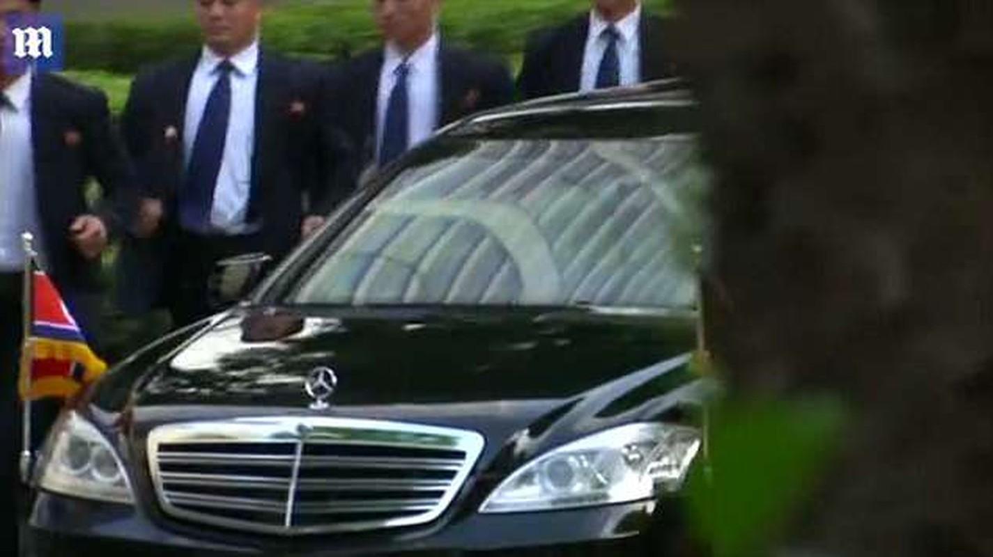 Khi cong du nuoc ngoai, ong Kim Jong-un duoc bao ve the nao?-Hinh-7