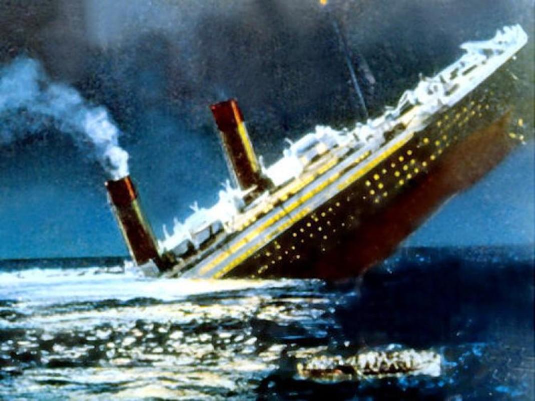 Chan dong: Co ke co tinh lam chim tau Titanic huyen thoai?