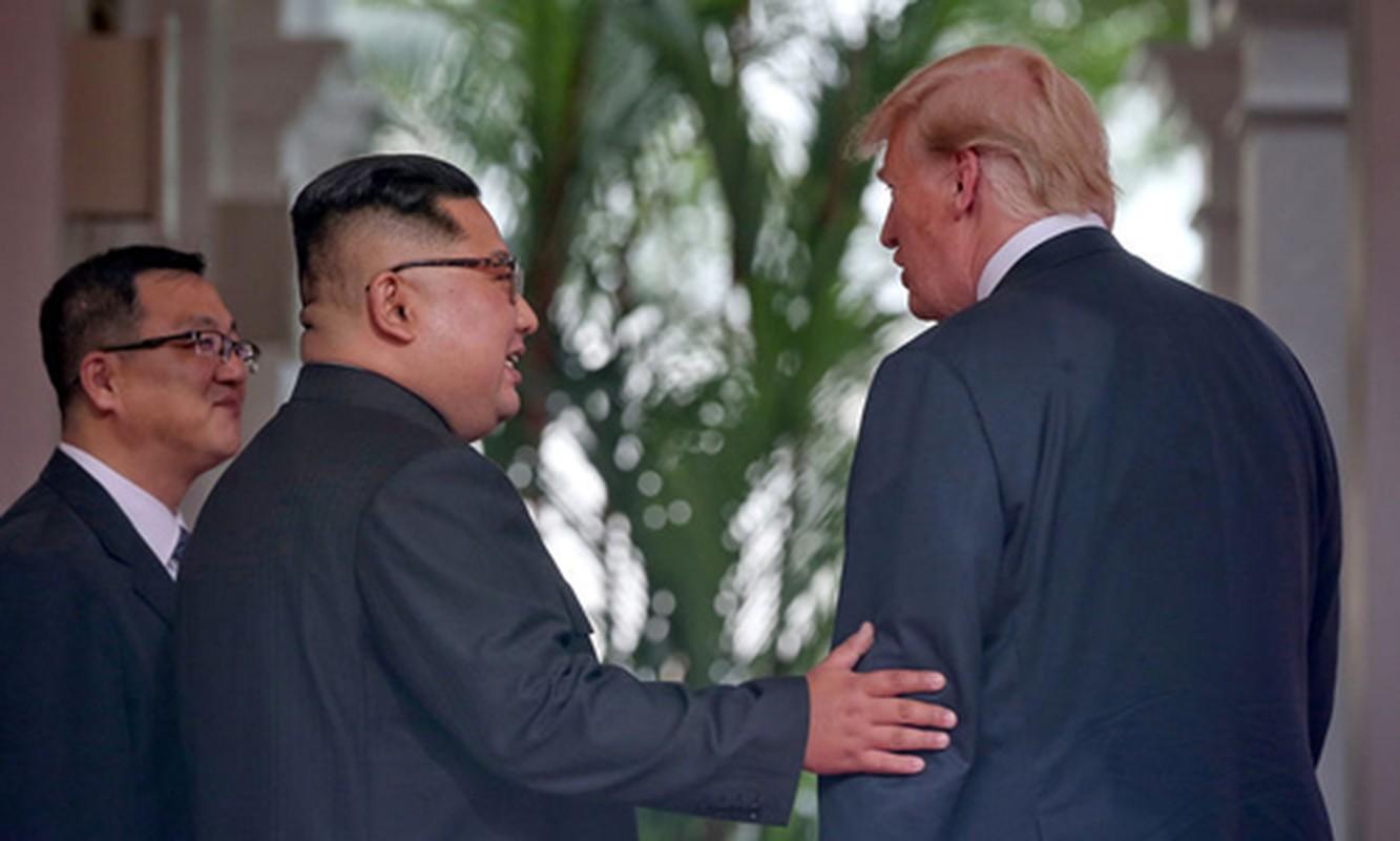 Hinh anh than thiet nong am Tong thong Donald Trump va Chu tich Kim Jong-un-Hinh-2