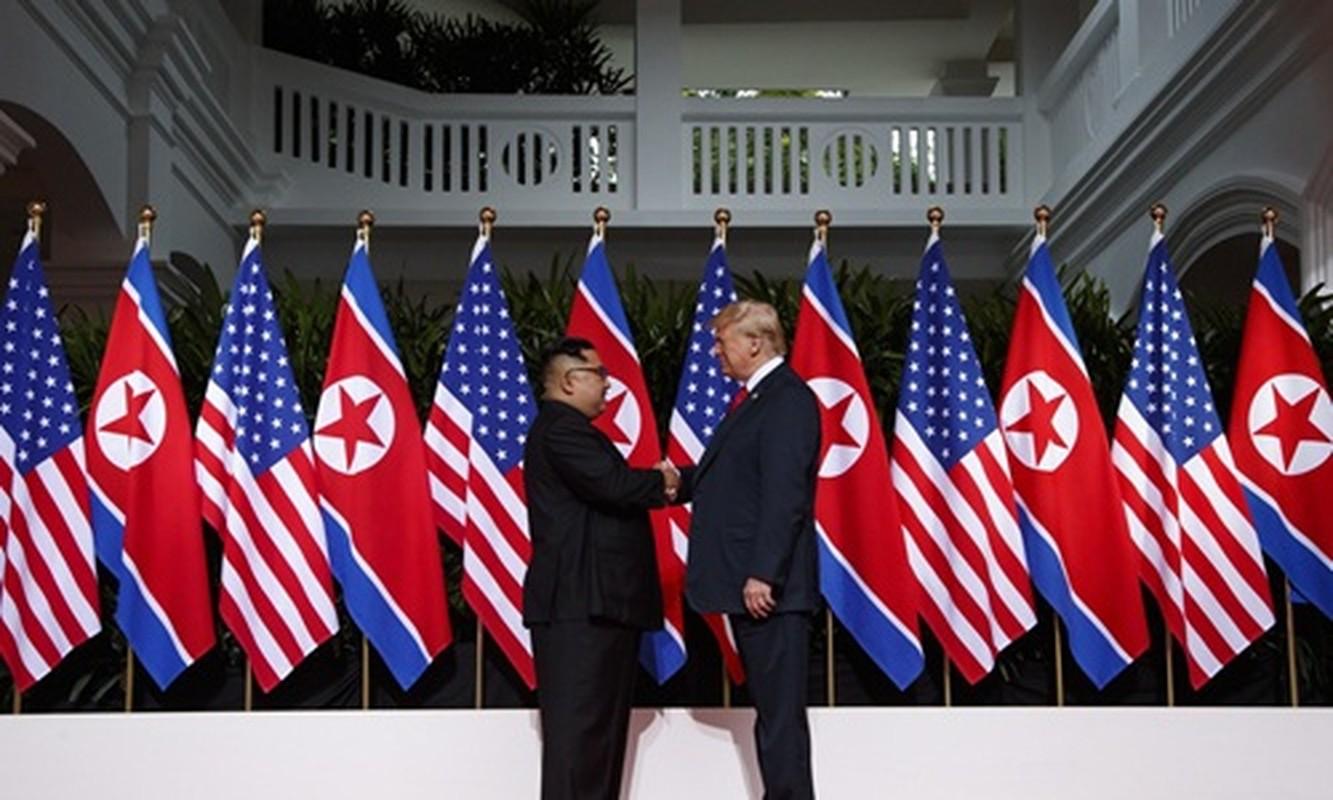 Hinh anh than thiet nong am Tong thong Donald Trump va Chu tich Kim Jong-un-Hinh-4
