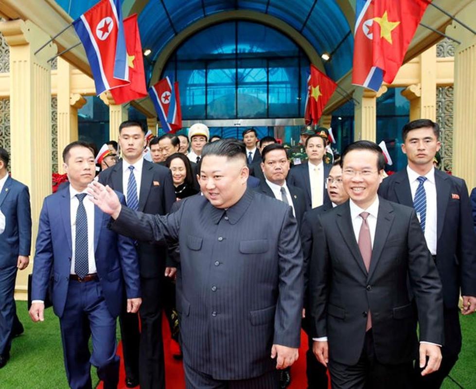 Giai ma thong diep bo do ong Kim Jong-un mac den Ha Noi