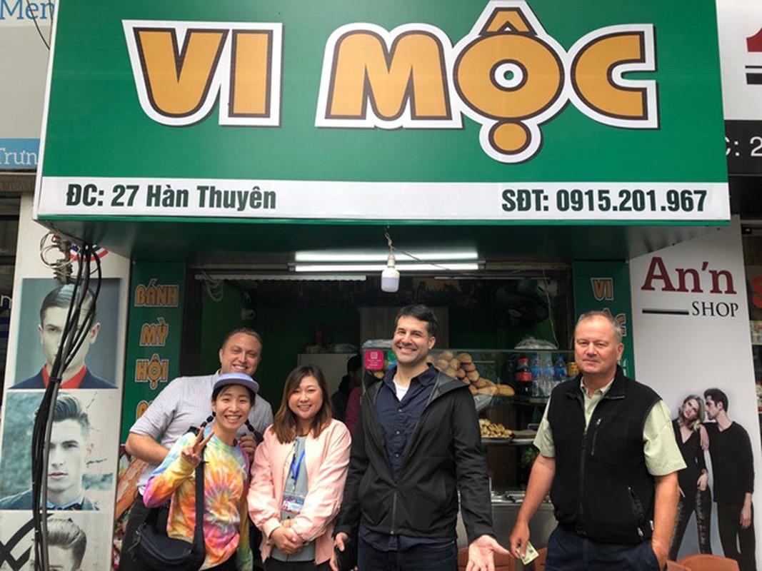 Phong vien quoc te du Thuong dinh My-Trieu khoe anh check-in Ha Noi-Hinh-2