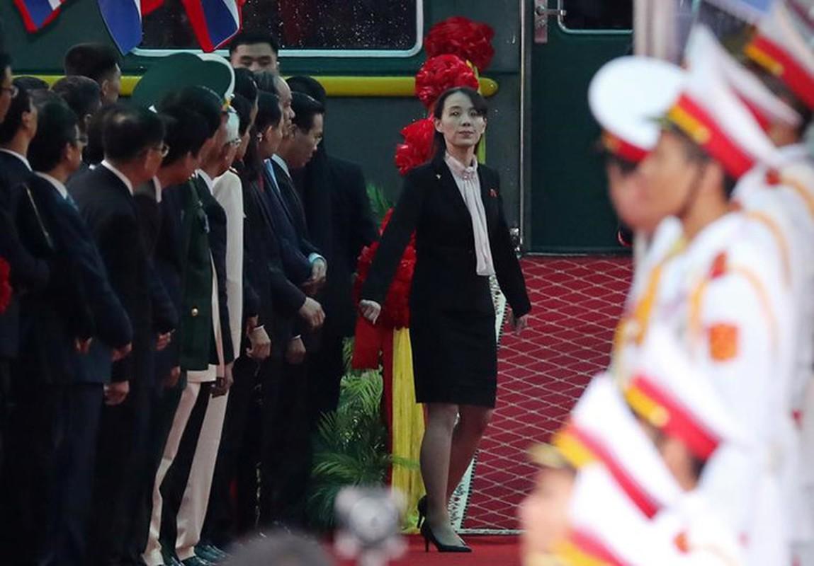 """Bi mat 4 """"bong hong"""" quyen luc thap tung ong Kim Jong un-Hinh-2"""