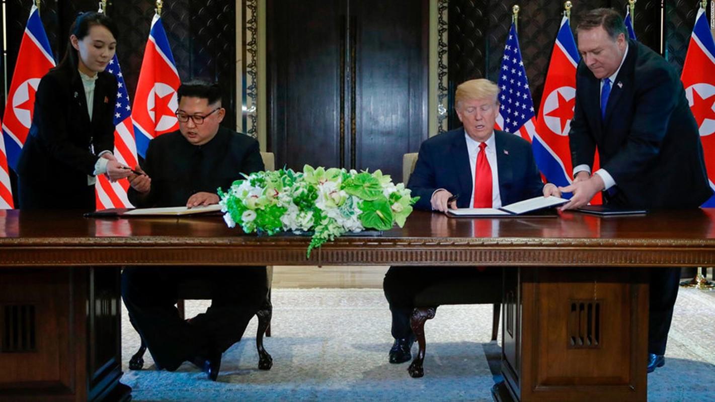 """Bi mat 4 """"bong hong"""" quyen luc thap tung ong Kim Jong un-Hinh-4"""