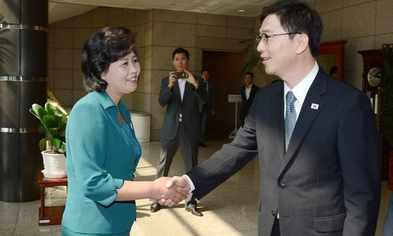 """Bi mat 4 """"bong hong"""" quyen luc thap tung ong Kim Jong un-Hinh-7"""