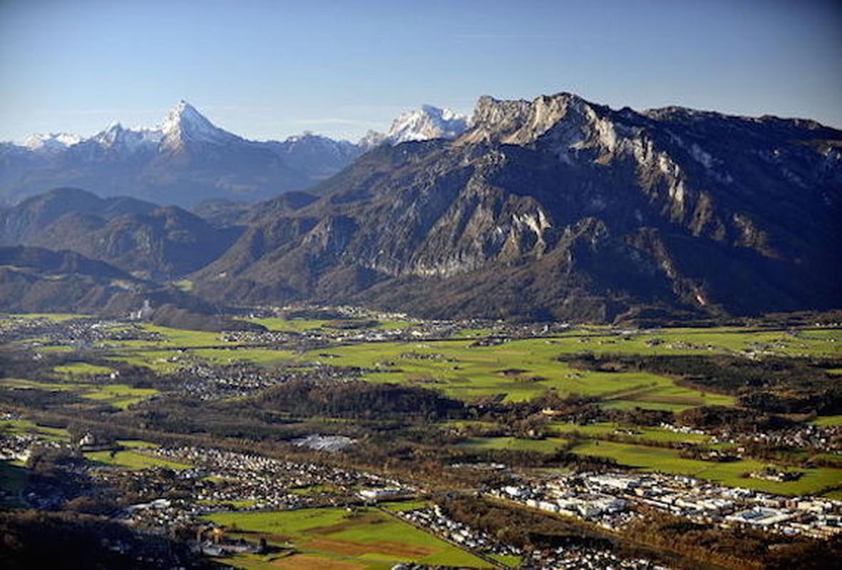 Nhung vu mat tich kinh hoang tren day nui am loi nguyen Untersberg