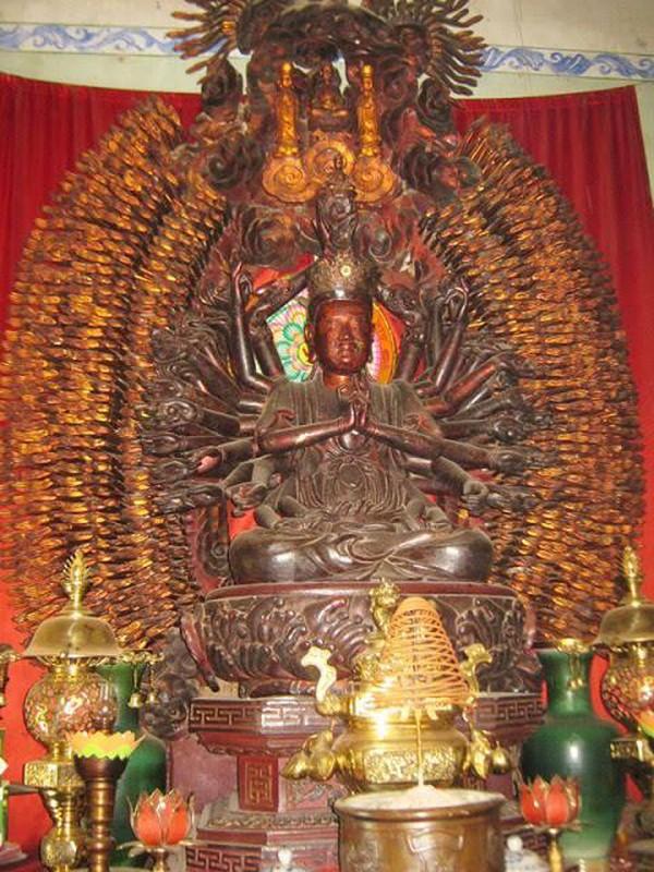 Bi an tuong Phat nghin mat nghin tay vua duoc cong nhan bao vat QG-Hinh-5