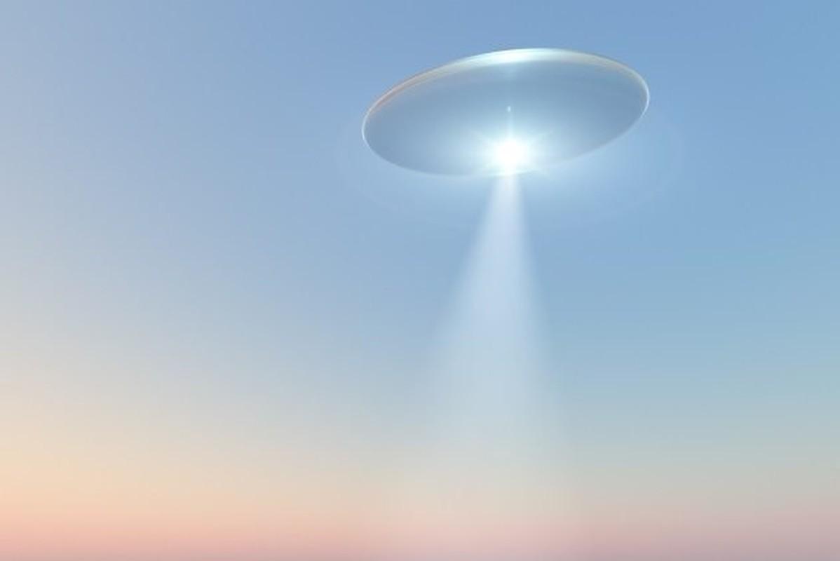 Lau Nam Goc nam giu bi mat dong troi ve UFO?-Hinh-9