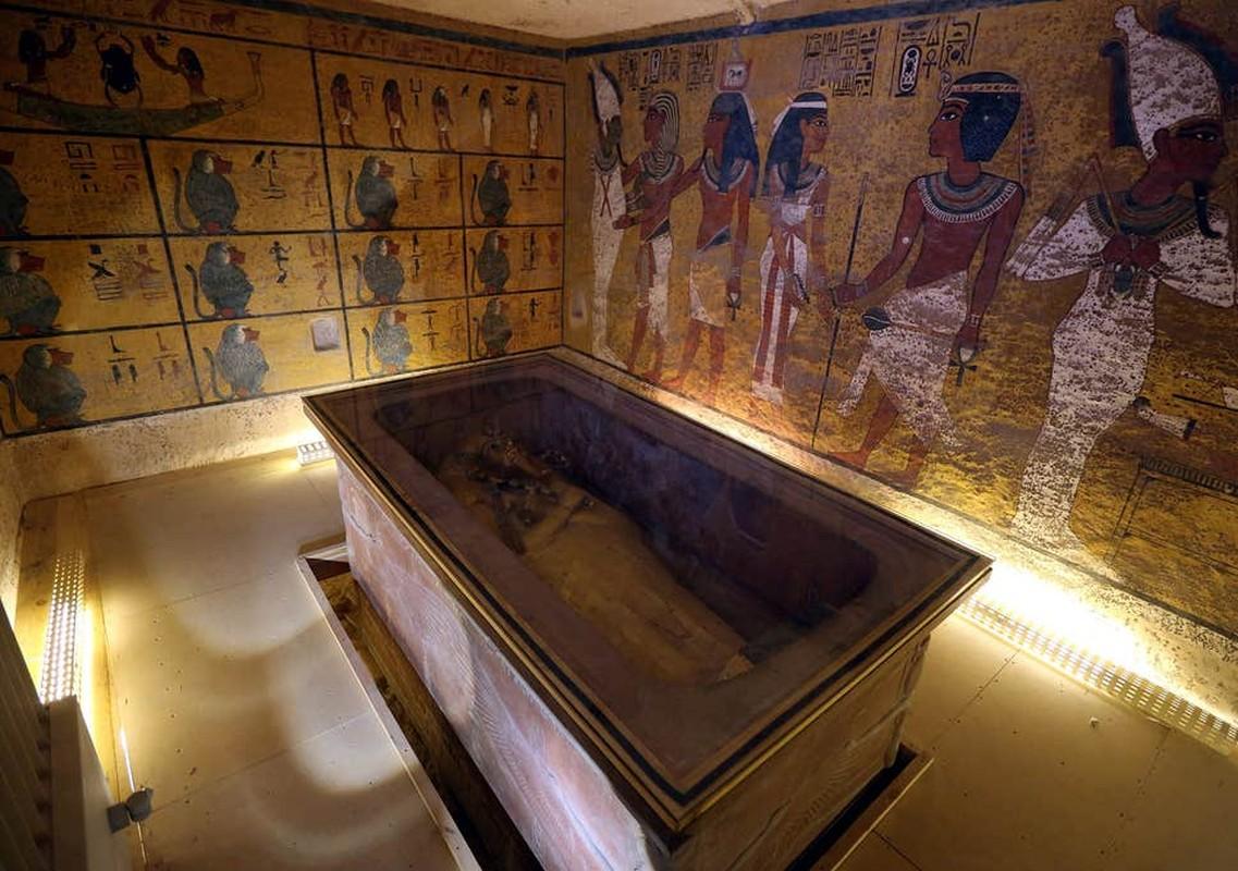 Chan dong: Mo pharaoh Tutankhamun chua thi hai nu hoang Nefertiti?-Hinh-2