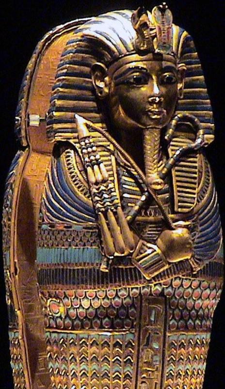 Giai ma bieu tuong quyen luc tren quan tai pharaoh Ai Cap-Hinh-4