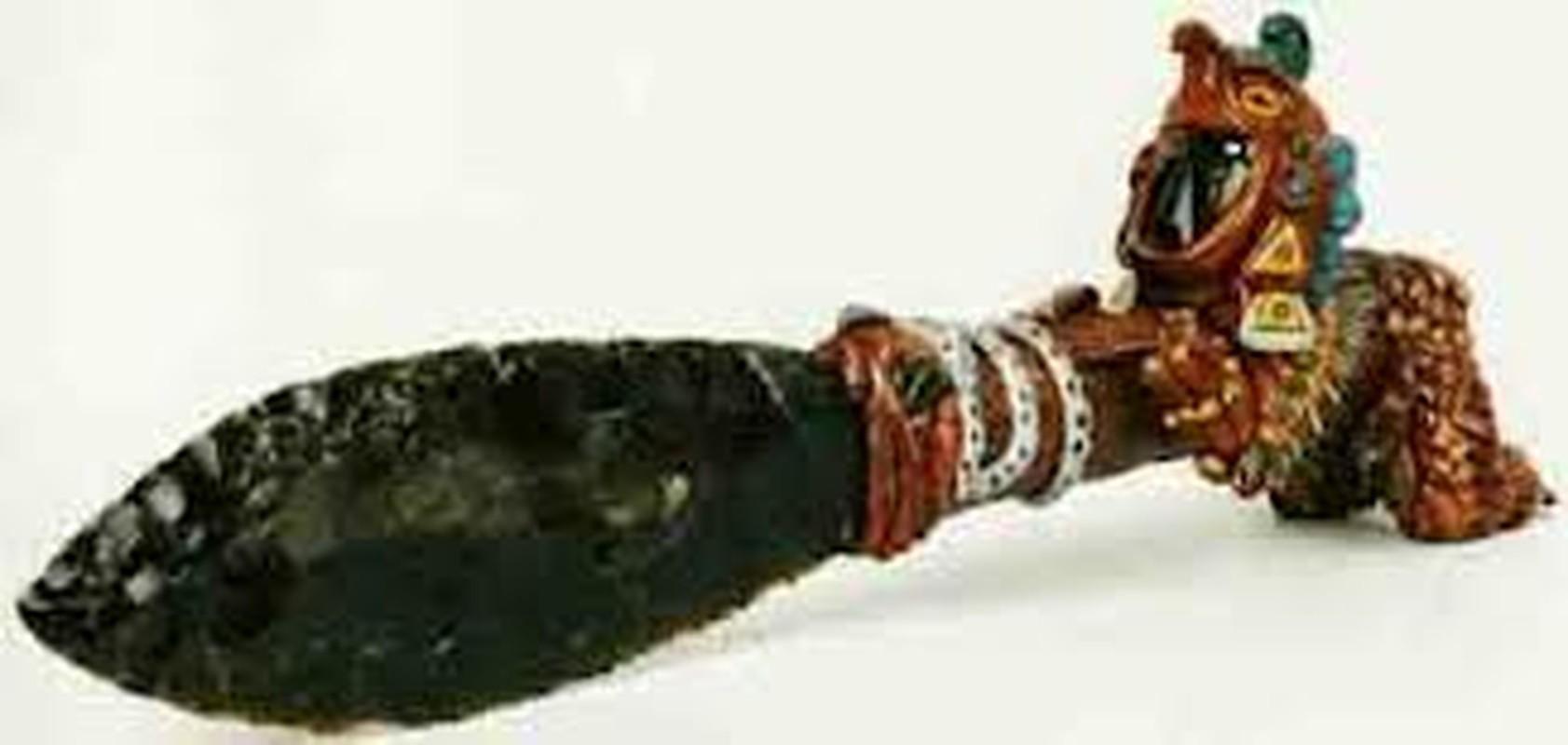 Kinh ngac vu khi huy diet khung khiep cua chien binh Aztec-Hinh-9