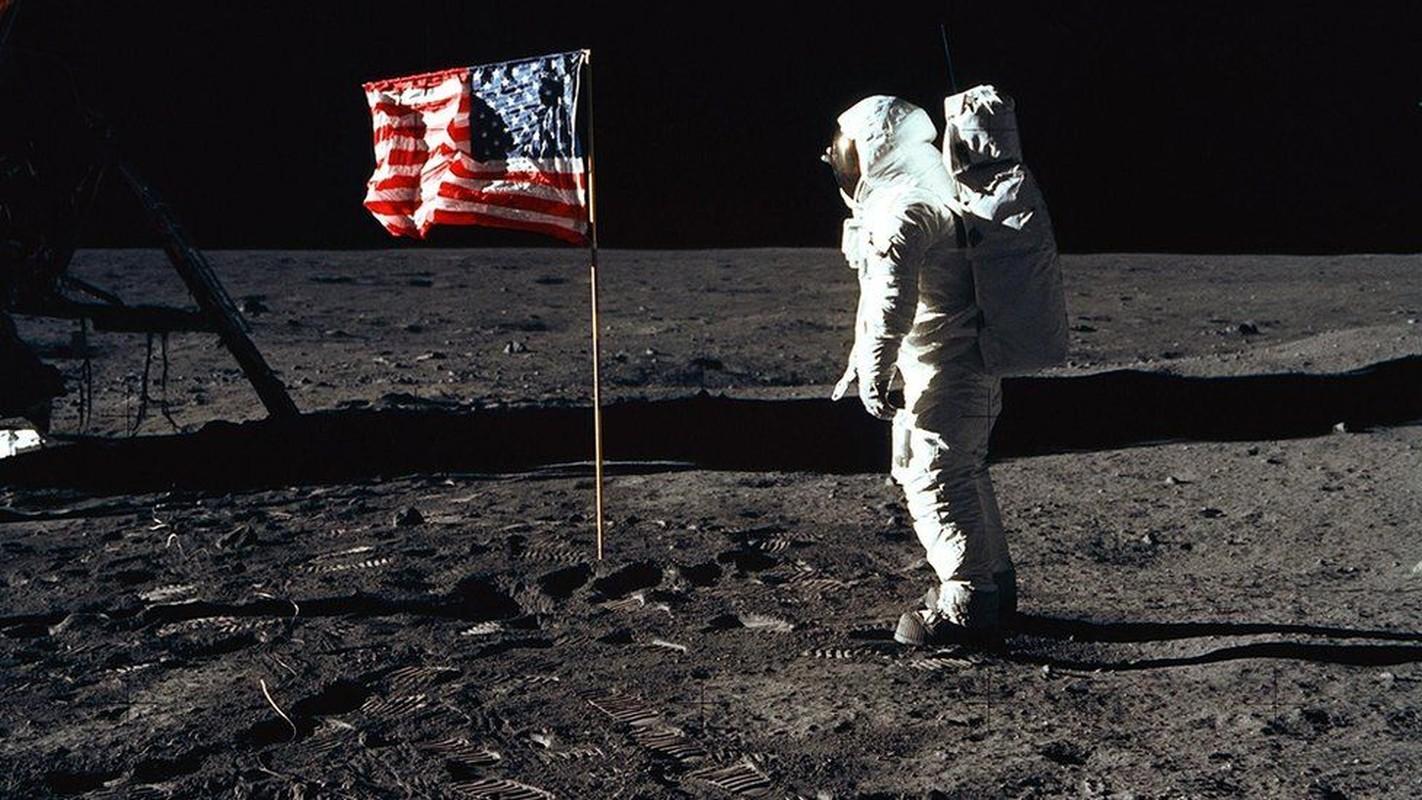 Cuc soc su co suyt can tro su menh len Mat Trang cua Apollo 11-Hinh-2