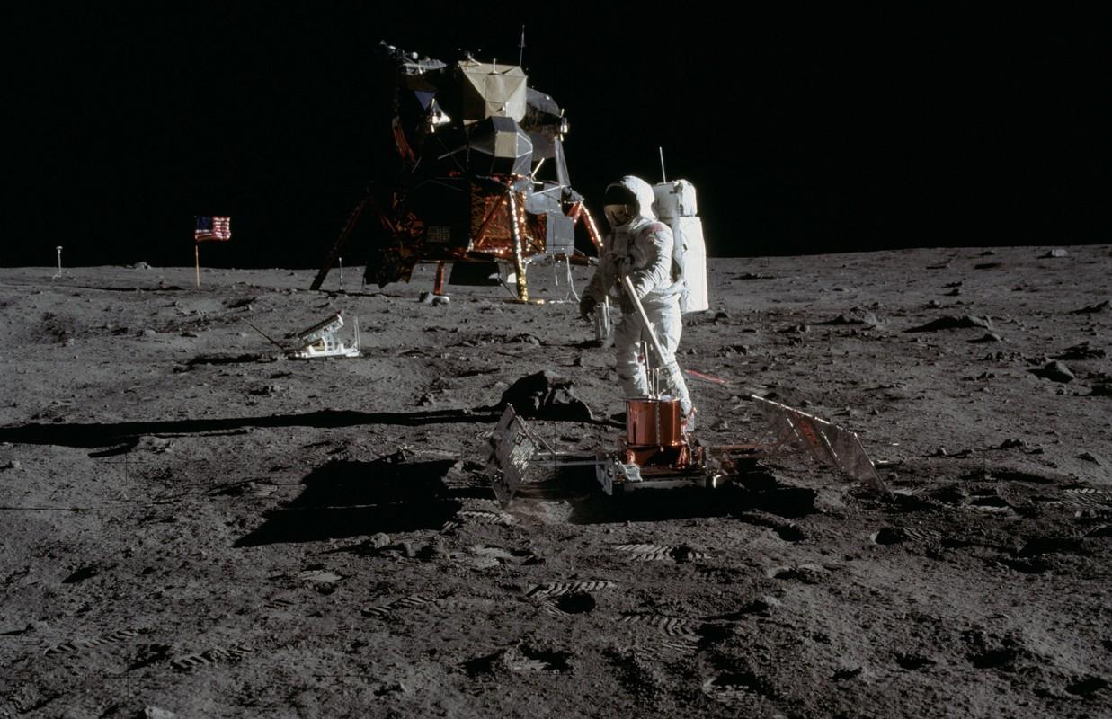 Cuc soc su co suyt can tro su menh len Mat Trang cua Apollo 11-Hinh-4