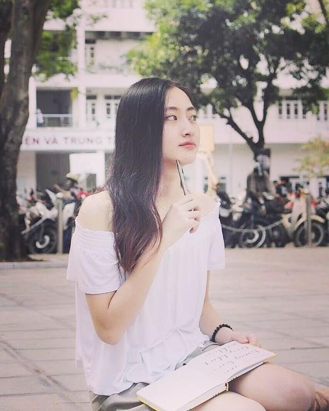 Ngo ngang voi nhan sac luc chua len ngoi Hoa hau cua Luong Thuy Linh-Hinh-7