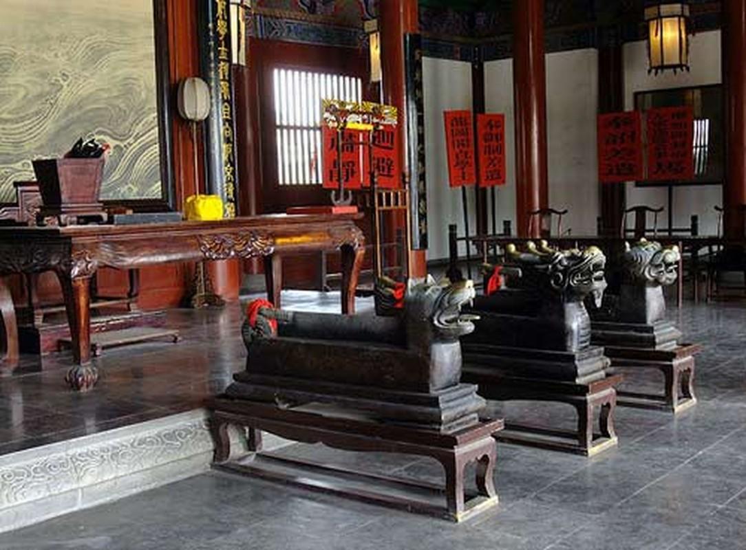 Cuc soc: Ca doi lam quan, Bao Cong chi xu 2 vu an?-Hinh-10