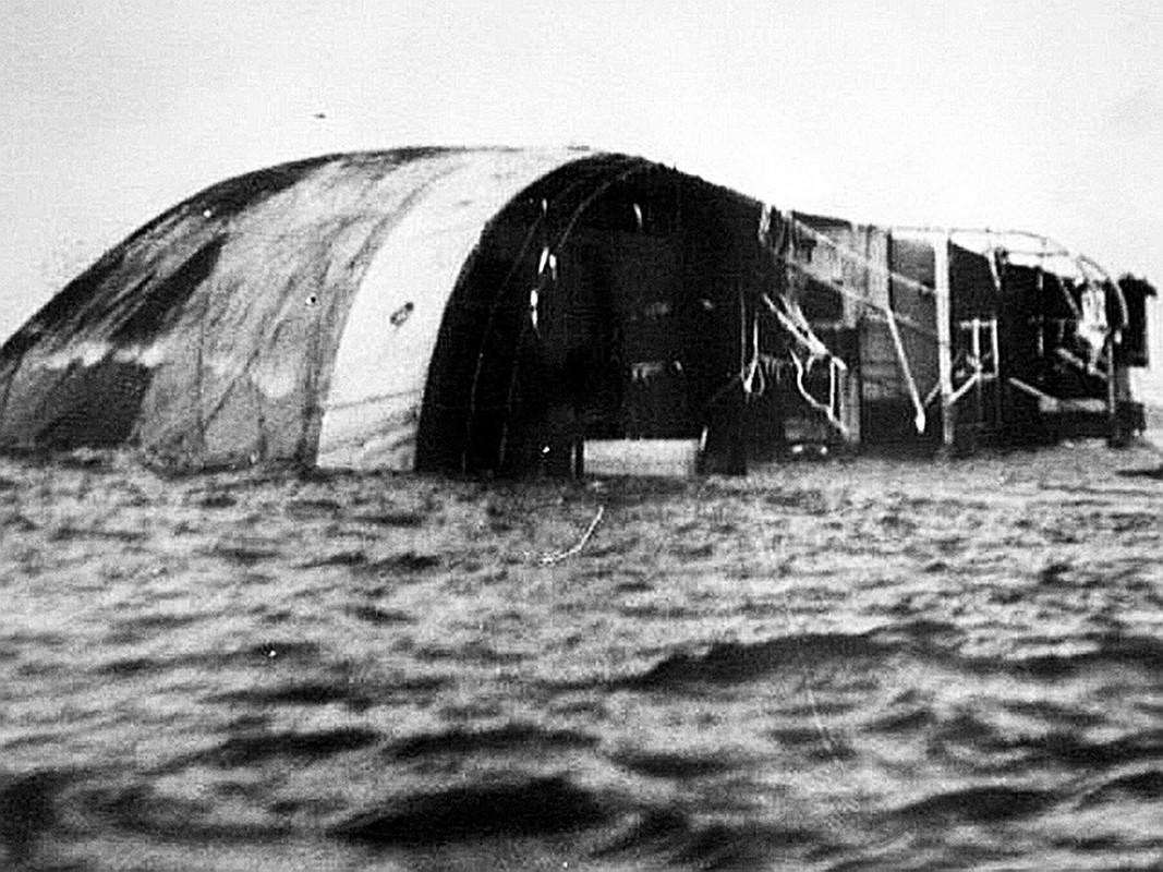 Rung minh tham kich chim tau cua Lien Xo khong kem Titanic-Hinh-7