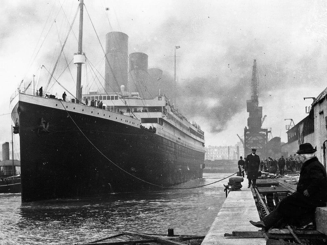 Ngam xac tau Titanic huyen thoai truoc khi bien mat hoan toan