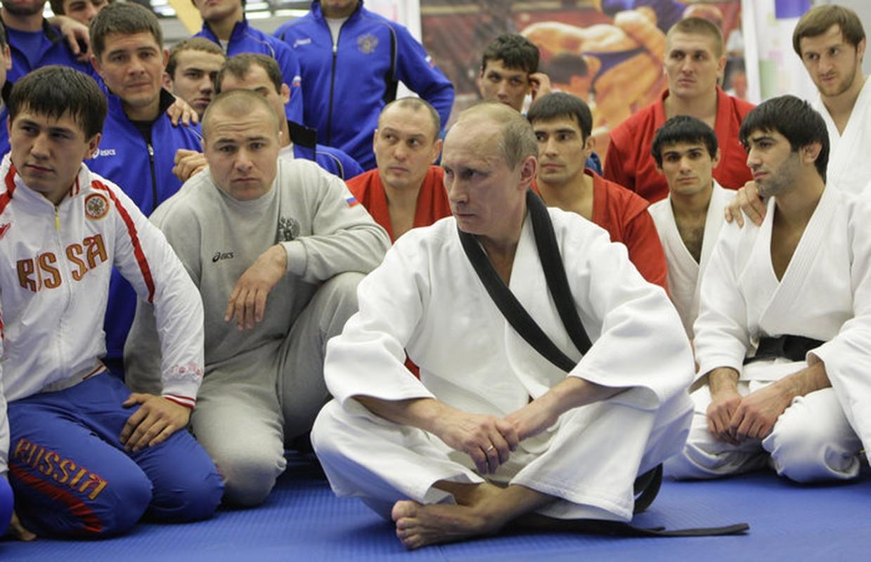 Giai ma kha nang vo thuat sieu dinh cua Tong thong Putin-Hinh-9