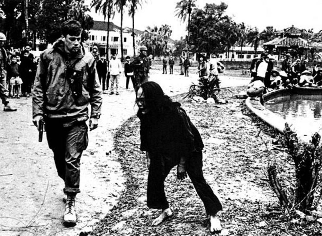 Anh soc: Khoanh khac kinh hoang trong Chien tranh Viet Nam-Hinh-8