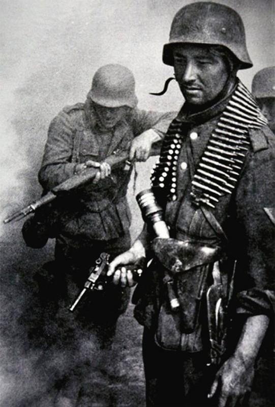 Loat anh kinh dien ve tran Stalingrad chan dong lich su-Hinh-10