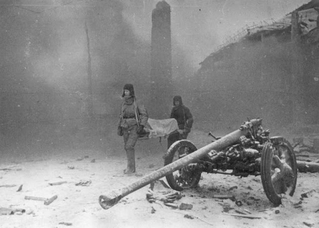 Loat anh kinh dien ve tran Stalingrad chan dong lich su-Hinh-8