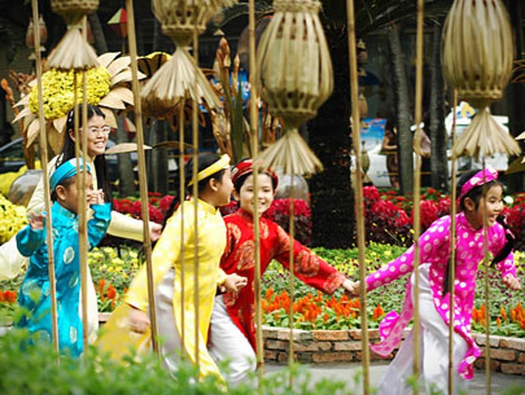 Tet Canh Ty 2020: Xuat hanh huong nao de phuc loc trai dai, tien vang day ket?-Hinh-5