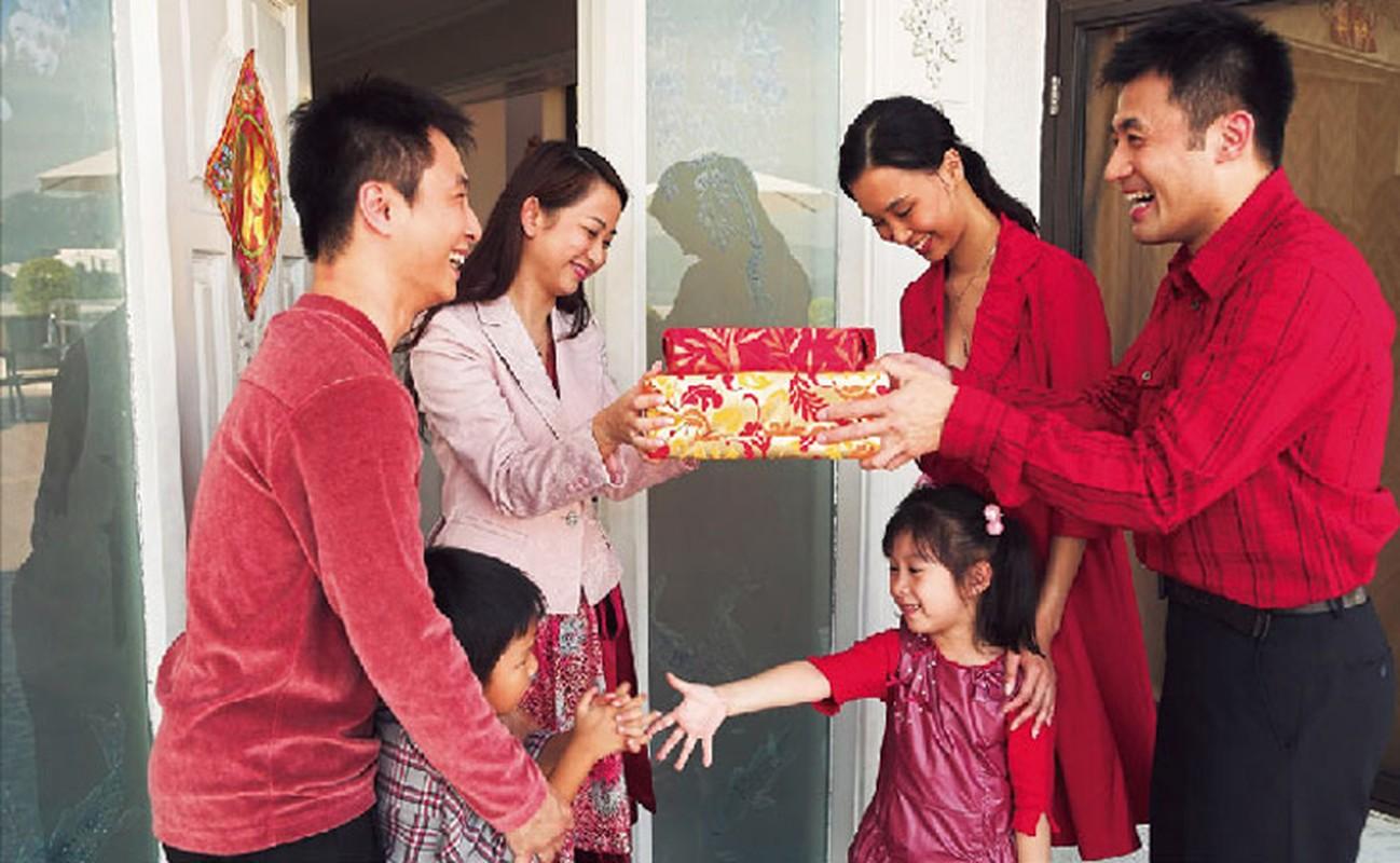 Tet Canh Ty 2020: Xem tuoi xong dat giup gia chu phat tai chong mat, may man tron nam-Hinh-3