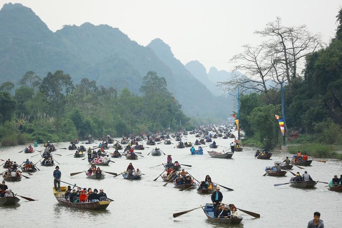 Bi mat chua tiet lo ve chua Huong linh thieng nhat Viet Nam-Hinh-9